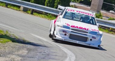 Wir lieben den Cosworth – vor allem am Berg!
