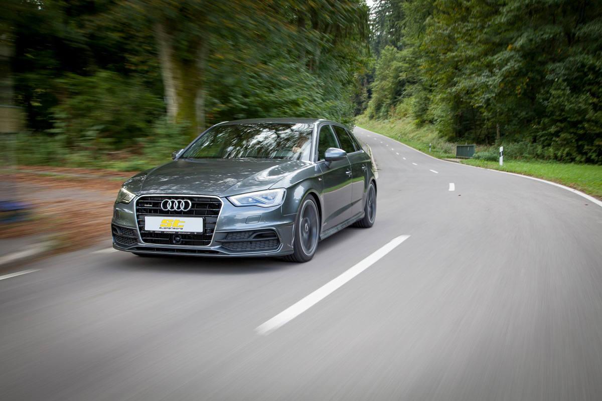 low_ST_Audi_A3_Sportback_Fahraufnahme
