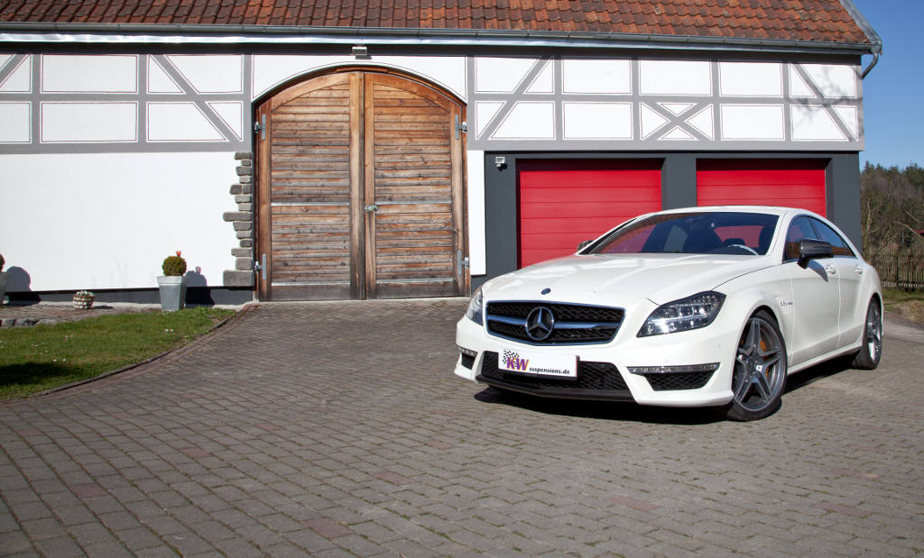low_KW_Mercedes_CLS63_AMG