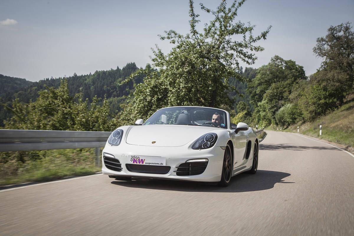 low_KW_Porsche_Boxster_Typ_981_Fahraufnahme