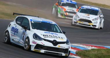 ADAC PROCAR: Motorsport zum Dahinschmelzen