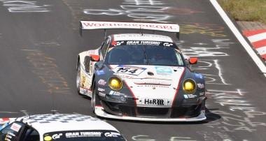 VLN: Zwei Manthey-Porsche im Formationsflug in die Top-5