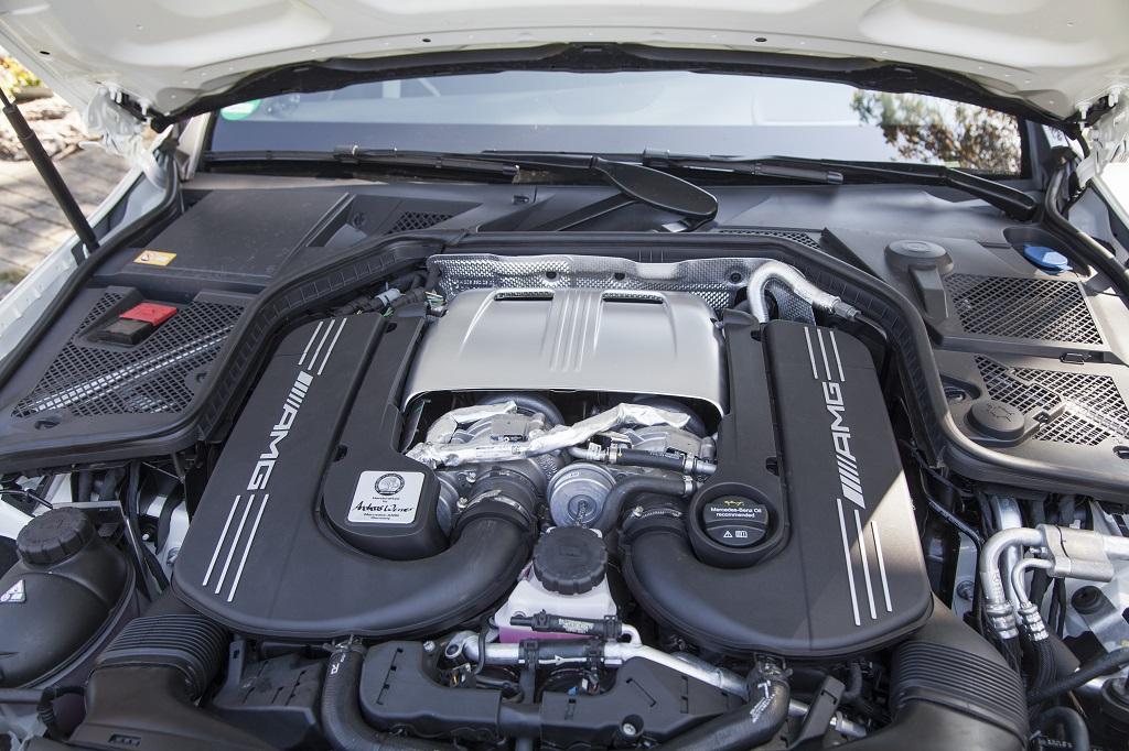 low_KW_V3_Mercedes-Benz_C63AMG_weitere01