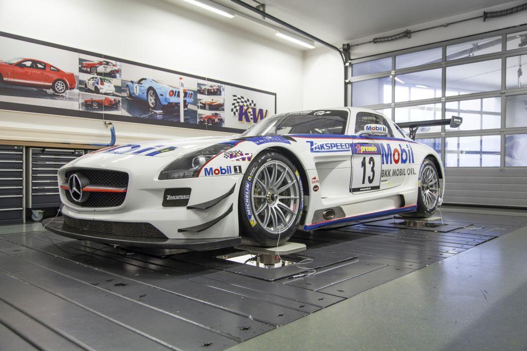 Zakspeed_MercedesBenz_SLS_AMG_GT3_001