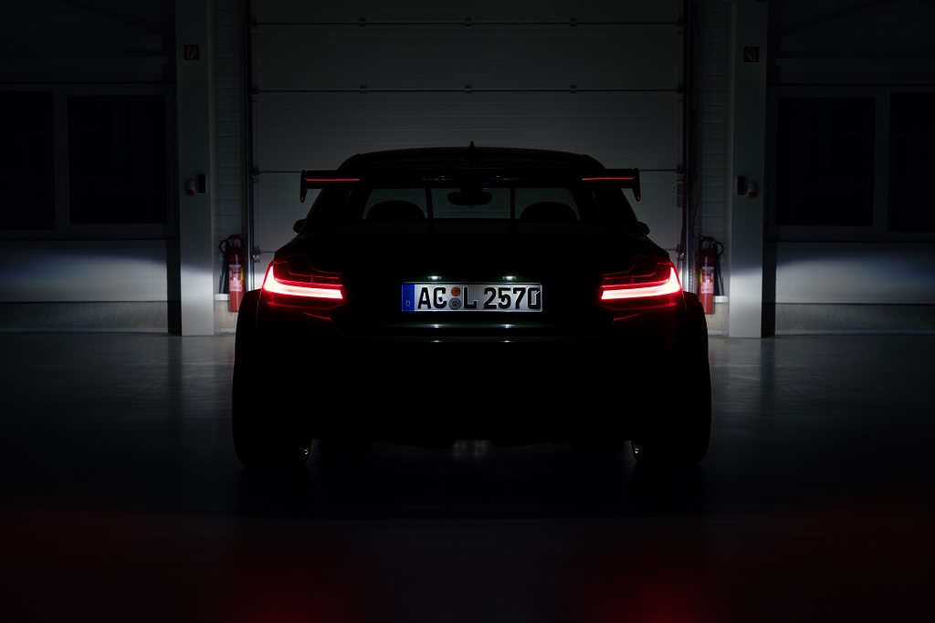 low_AC Schnitzer ACL2 Heck frontal TEASER_300