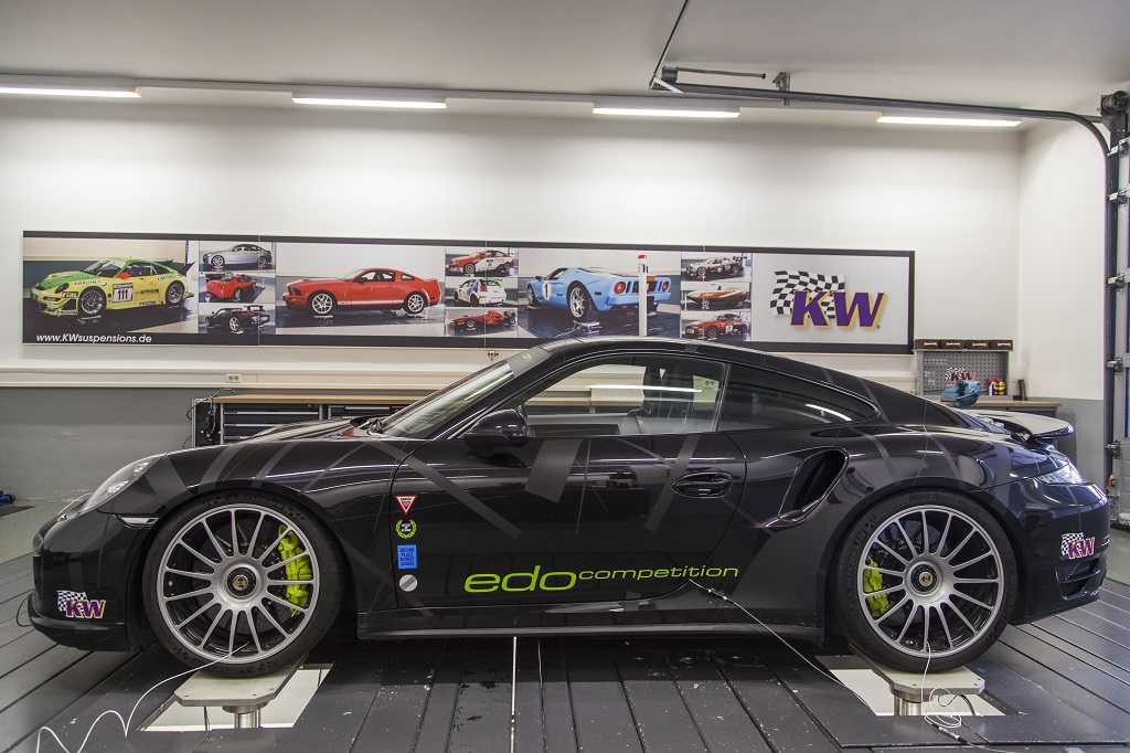 low_EDO-Competition_Porsche_ 911_Carrera-Turbo_Typ_991_019