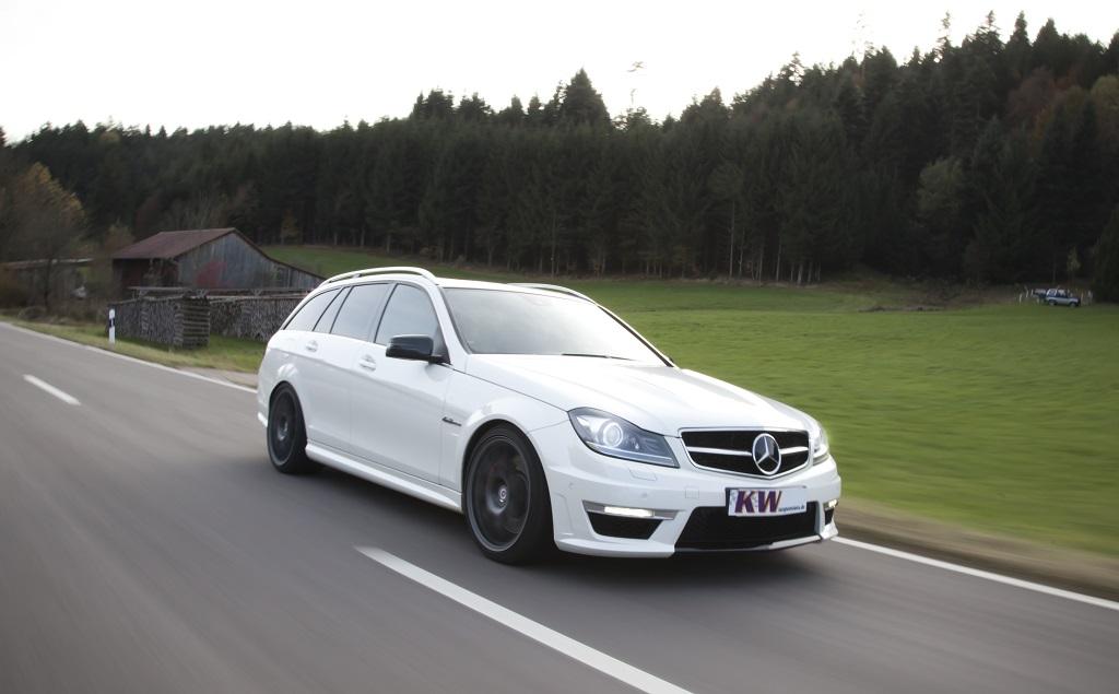 low_KW_MercedesBenz_C-Klasse_Typ_W204_C63-AMG_T-Modell_001
