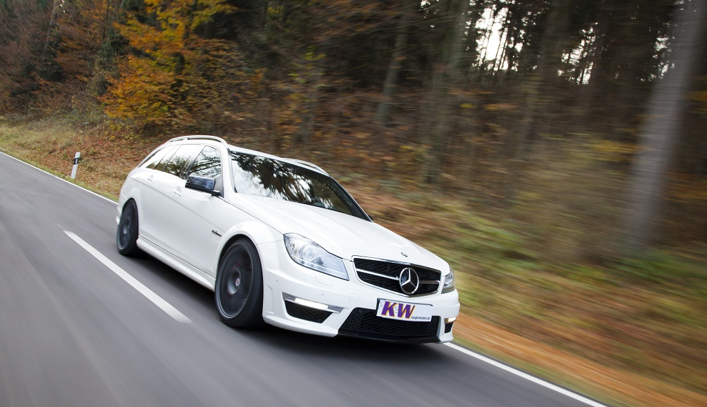 low_KW_MercedesBenz_C-Klasse_Typ_W204_C63-AMG_T-Modell_005