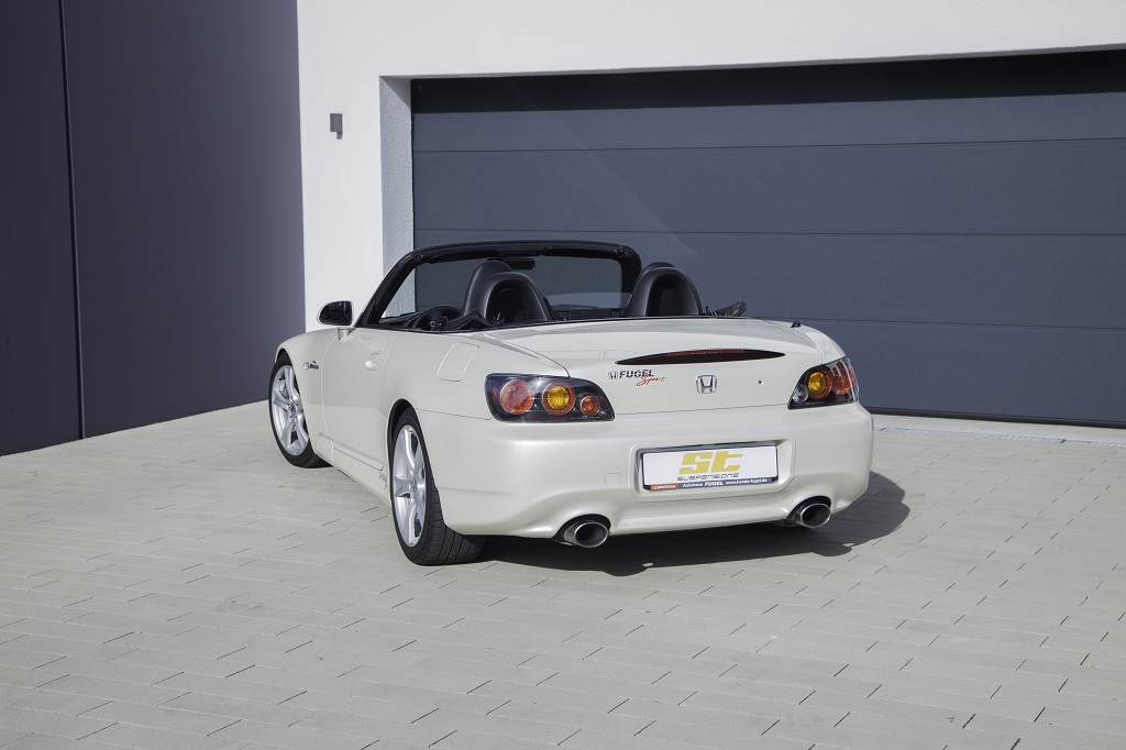 low_ST_XTA_Honda_S2000_006