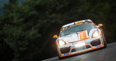 VLN: 3. Saisonsieg in der Cayman GT4 Trophy für Hennerici und Oberheim