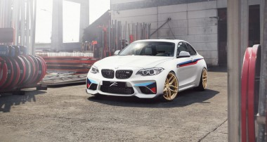 """Stimmig: BMW M2 mit KW V3 und jeder Menge """"M Performance""""!"""