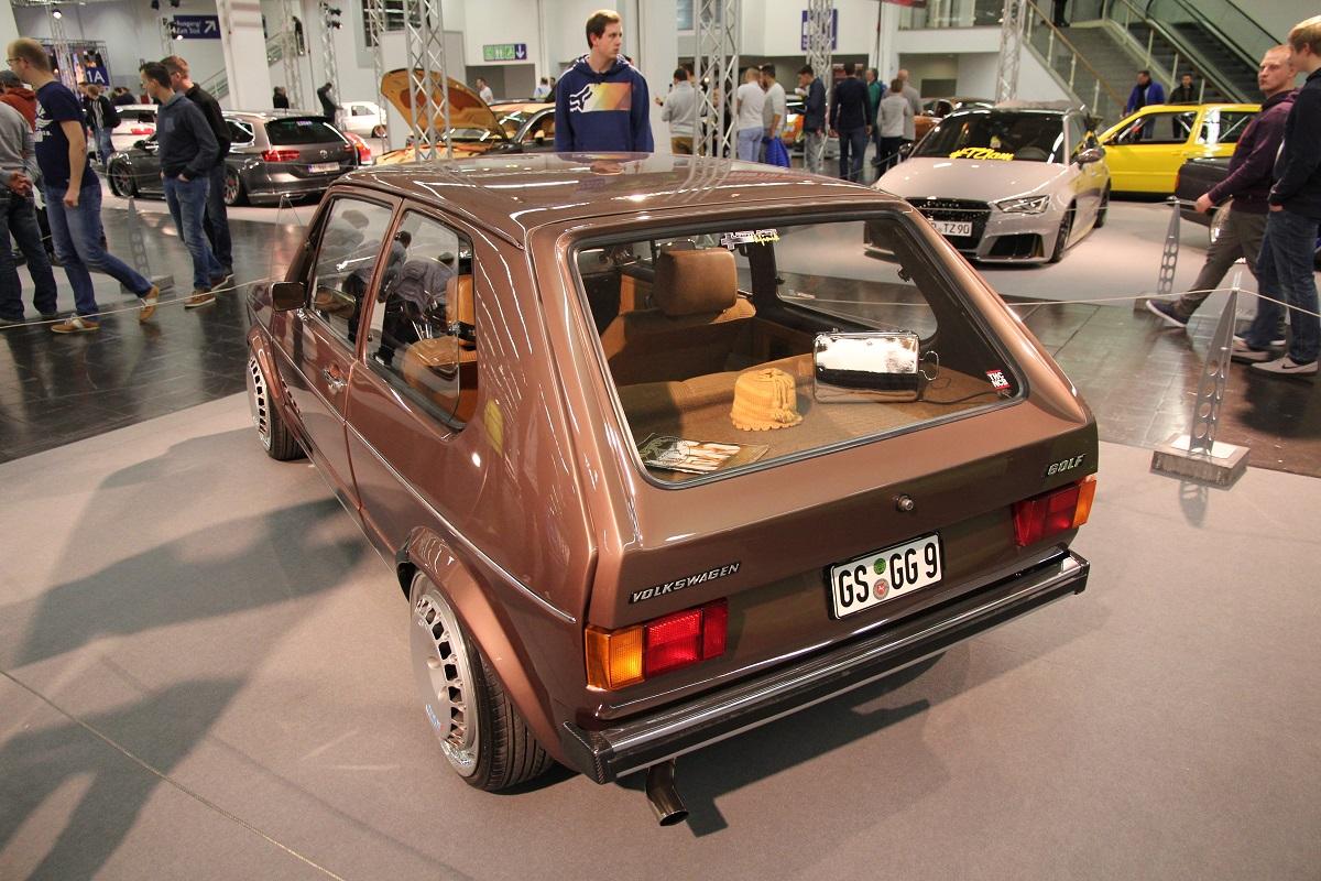 VW Golf 1 mit Ronal R50 Rädern und KW Gewindefahrwerk