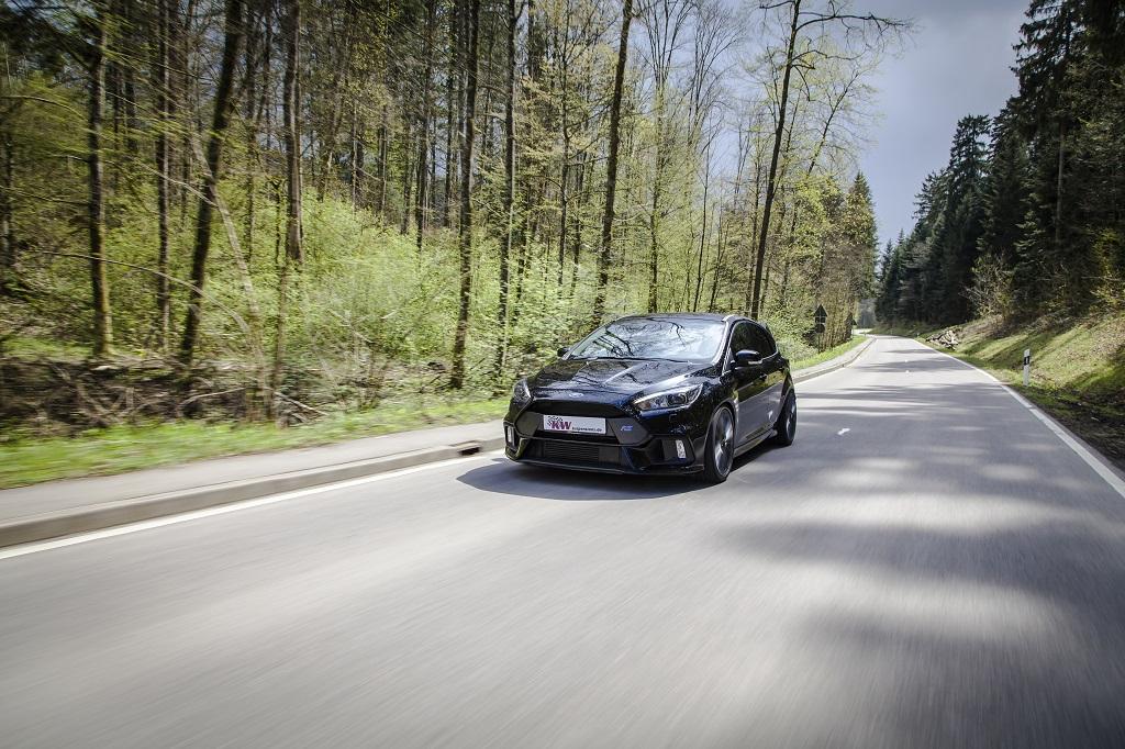 Neuer Ford Focus RS mit KW Gewindefahrwerk Variante 3