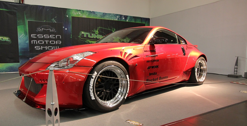 "Nissan 350Z ""Rocket Bunny"" mit KW V2"