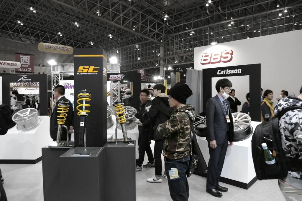 KW automotive auf dem Tokyo Auto Salon 2017.