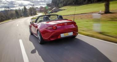 ST suspensions sorgt für Fahrspaß im Fiat 124 Spider und Mazda MX-5!