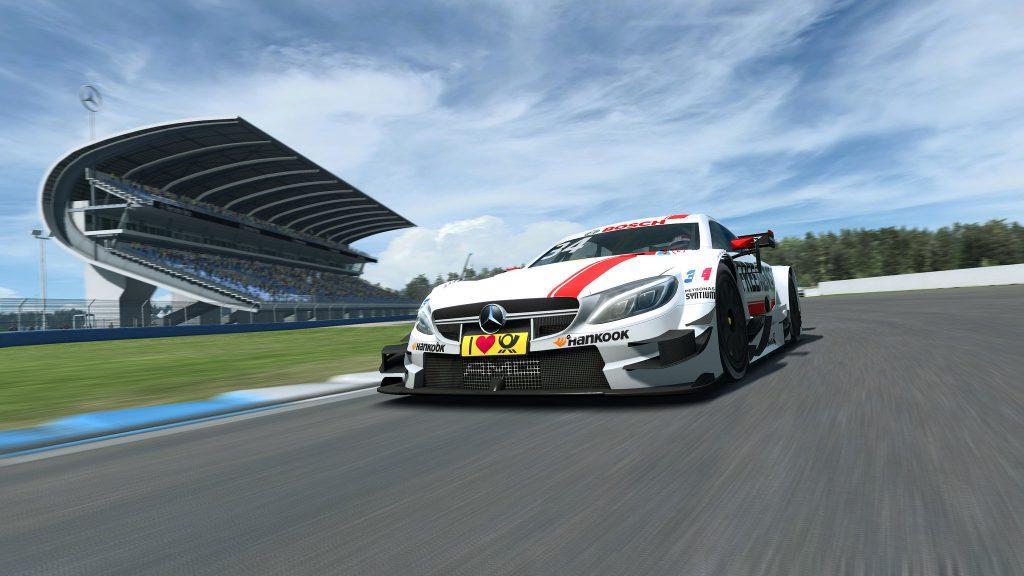 Finale der RaceRoom Mercedes-AMG Online Race Competition