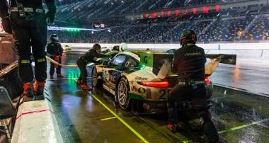 Erfolgreiches Motorsportwochenende in Daytona: KW Competition Kunden siegen erneut