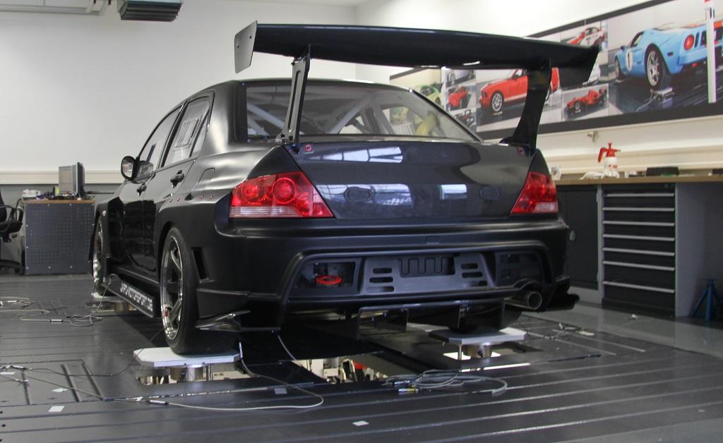 Mitsubishi Lancer Evolution IX mit KW Fahrwerktechnologie