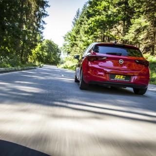 ST sorgt für gesteigertes Handling und mehr Fahrspaß im Opel Astra K