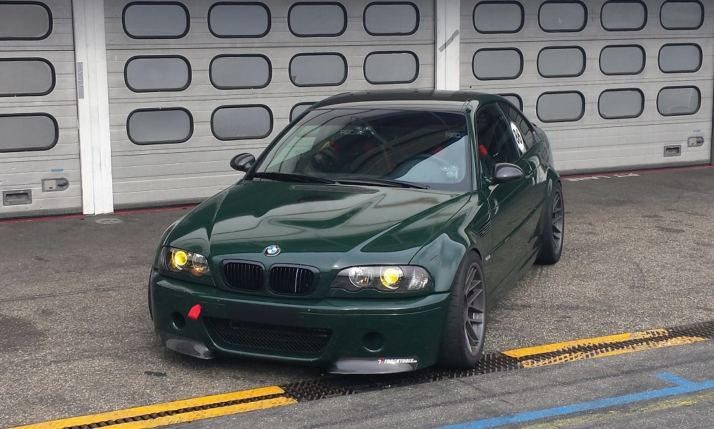 BMW E46 M3 meets Corvette LS7 600PS