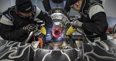 Auch der Techrules Hybrid-Supersportwagen REN setzt auf KW