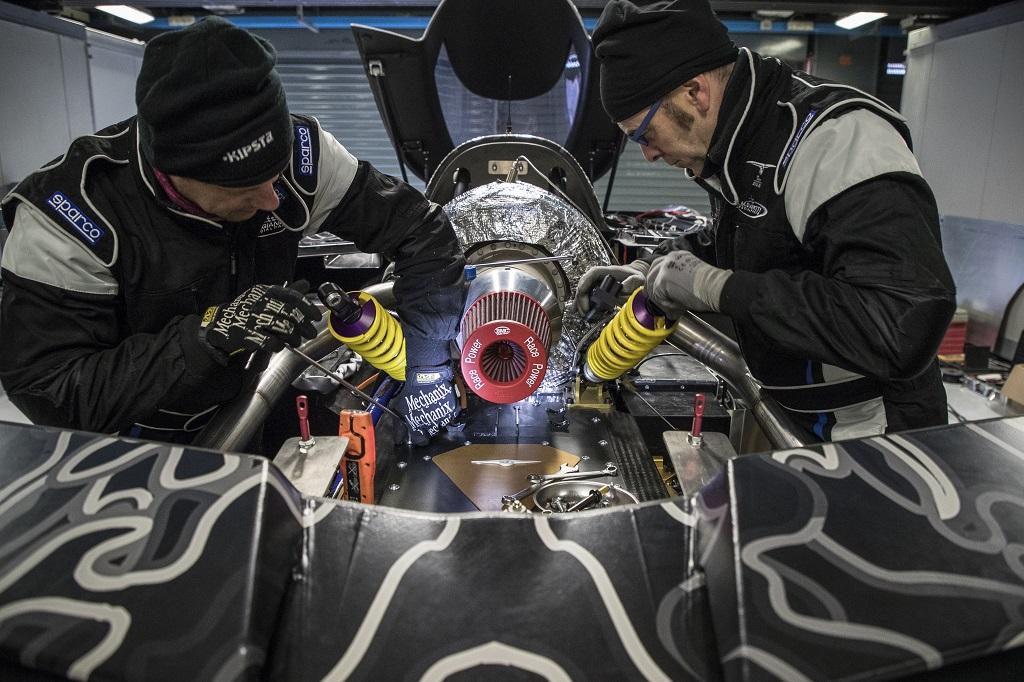 Techrules Supersportwagen REN mit KW Fahrwerk