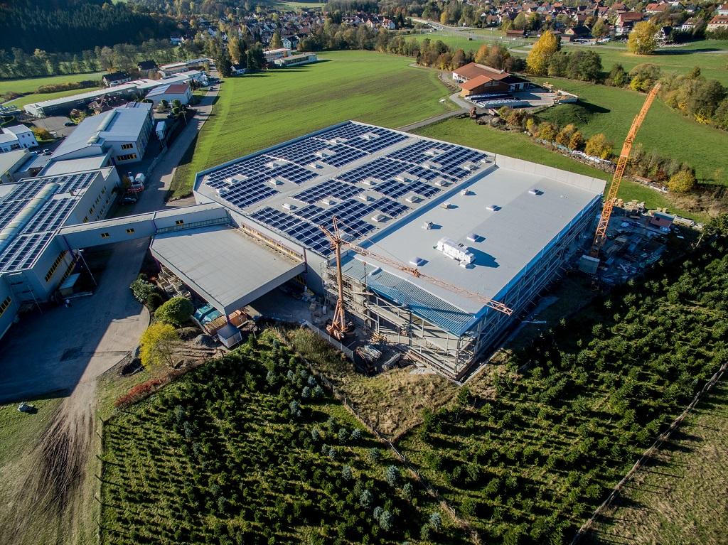 KW investiert am Standort Fichtenberg.