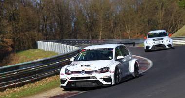Der GTI ist zurück und gewinnt bei seinem VLN-Debüt die TCR-Klasse