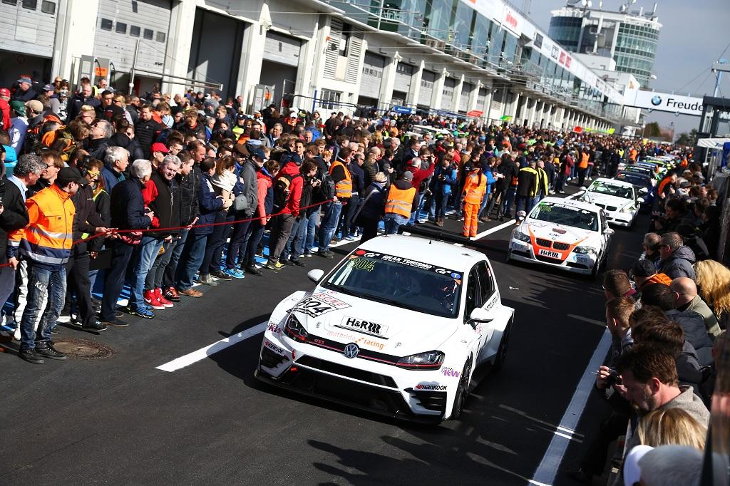 Mathilda Racing gewinnt auf Anhieb mit KW TCR-Klasse