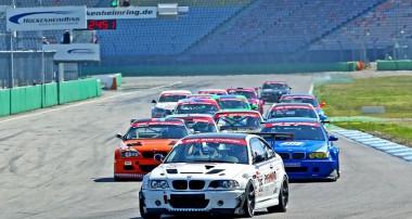 Actionreicher Saisonauftakt der DMV BMW Challenge
