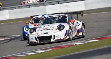Klassensieg und zwei starke Plätze für rent2Drive Racing