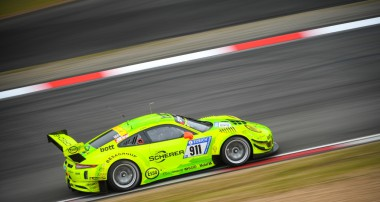 Erfolgreiche Generalprobe des KW Kundenteams Manthey-Racing für das 24h-Rennen Nürburgring 2017