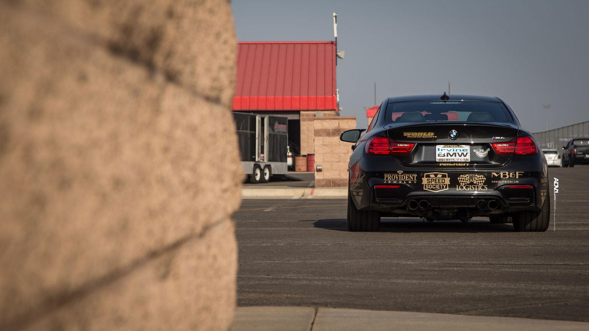 """BMW M4 von """"World Motorsports"""" mit KW Gewindefedern"""