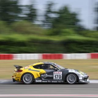 VLN: Manthey-Racing fährt auf's Podium