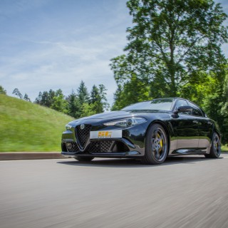 ST suspensions legt die Alfa Romeo Giulia Quadrifoglio tiefer!