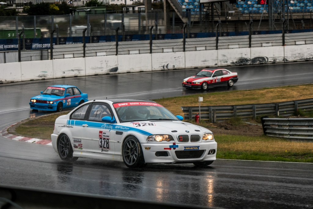 KW ist offizieller Partner und Ausrüster der DMV BMW Challenge