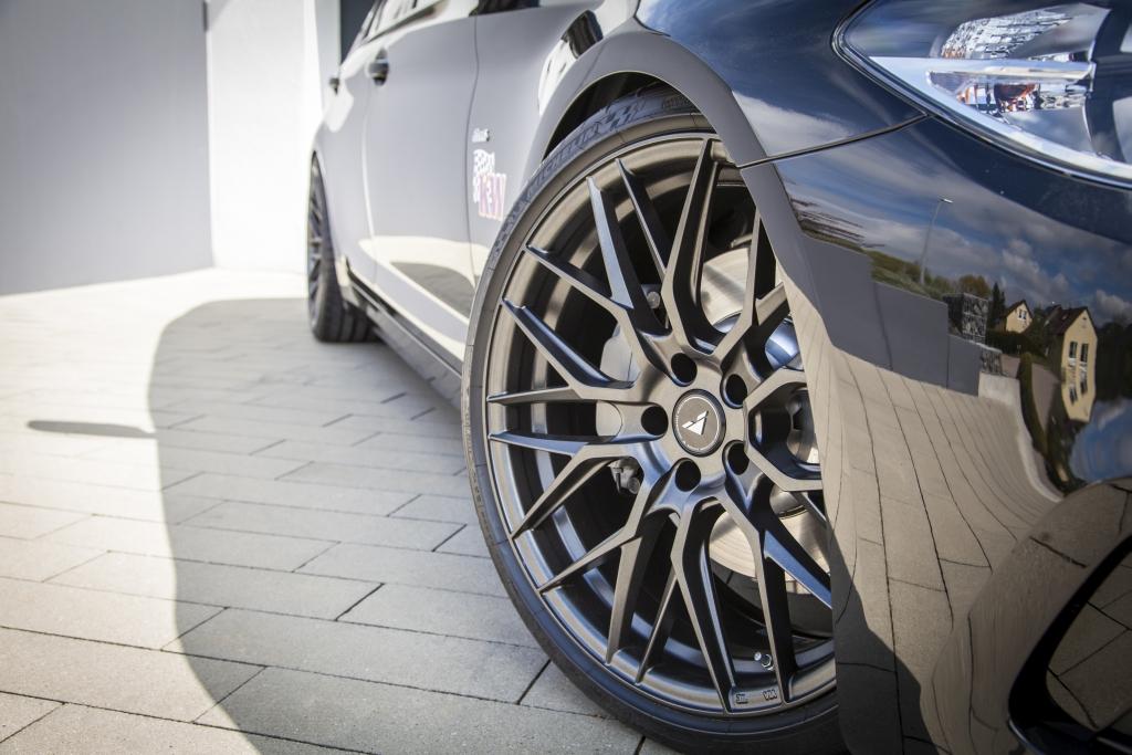 Stufenlose Tieferlegung von 55 mm KW V3 BMW 5er G30