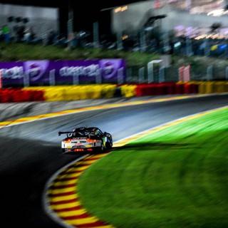 24h-Rennen Spa: Bester Porsche fährt mit KW als Vierter ins Ziel!
