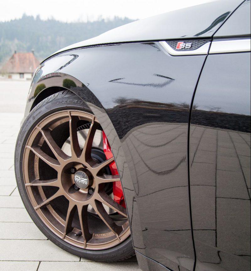 Maximale Tieferlegung im Rahmen des Teilegutachtens am Audi S5 mit einem KW Gewindefahrwerk