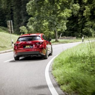 Mazda 3 Gewindefahrwerk von ST suspensions