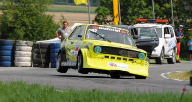 Der KW Berg-Cup am Hauenstein: Spannende Tourenwagen-Fights