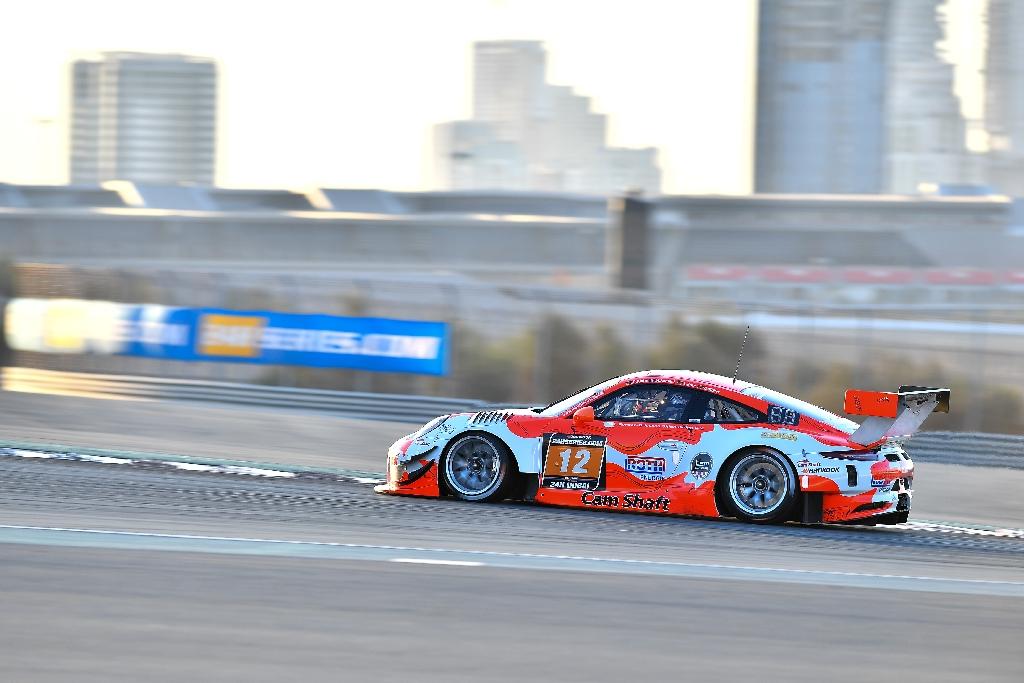 24h Dubai 2018 powered by Hankook - Foto: Gruppe C Photography; #12 Porsche 911 GT3 R, Manthey Racing: Otto Klohs, Lars Kern, Mathieu Jaminet, Sven Müller
