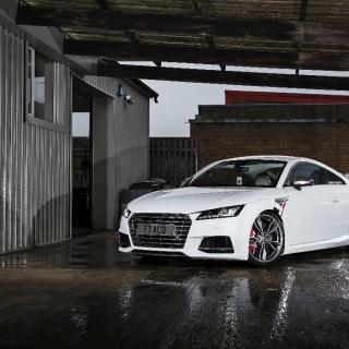 """421 PS im Audi TT S und dazu noch unser KW DDC ECU Gewindefahrwerk – was will """"man(n)/frau"""" mehr?"""