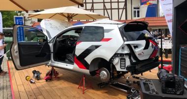 Live-Tuning am See: KW Händler Werk2 legte in Kärnten einen VW Golf GTI tiefer