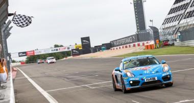 VLN: Gelungenes VLN-Wochenende für KW Competition Kunde Team Adrenalin Motorsport