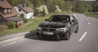 Fahrdynamik-Upgrade für BMW M5 (F90): KW Variante 4 mit Drei-Wege-Dämpfern im Angebot