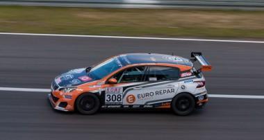 VLN: Zweiter Erfolg für Bonk Motorsport in Folge in der Klasse SP3T