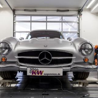 Einer von Elf: Mercedes-Benz 300 SL AMG
