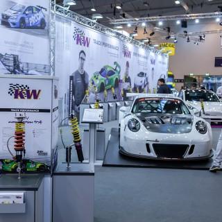 Wir zünden ein Neuheitenfeuerwerk auf der Essen Motor Show 2019